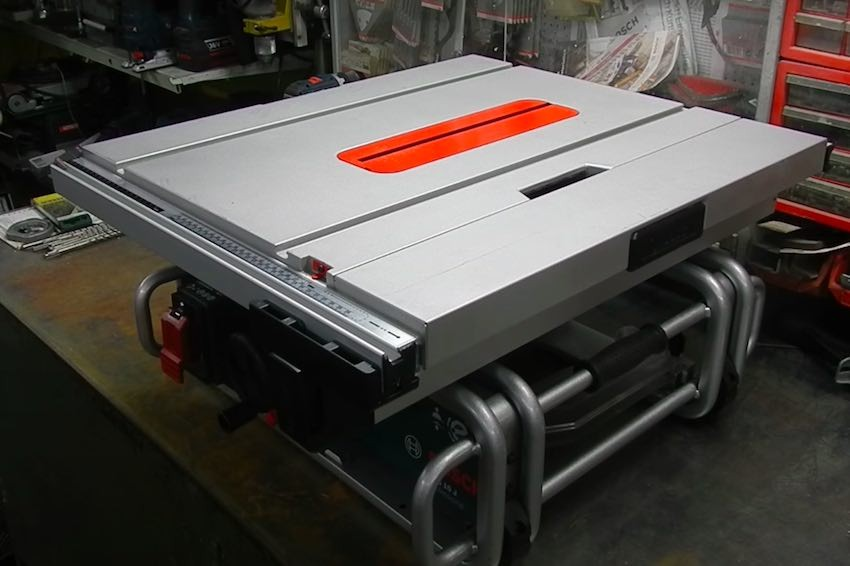 Die Bosch Professional GTS 10 J