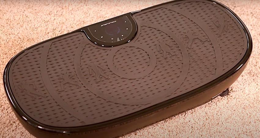 Die Sportstech VP250 Vibrationsplatte macht nach dem Auspacken einen soliden Eindruck.