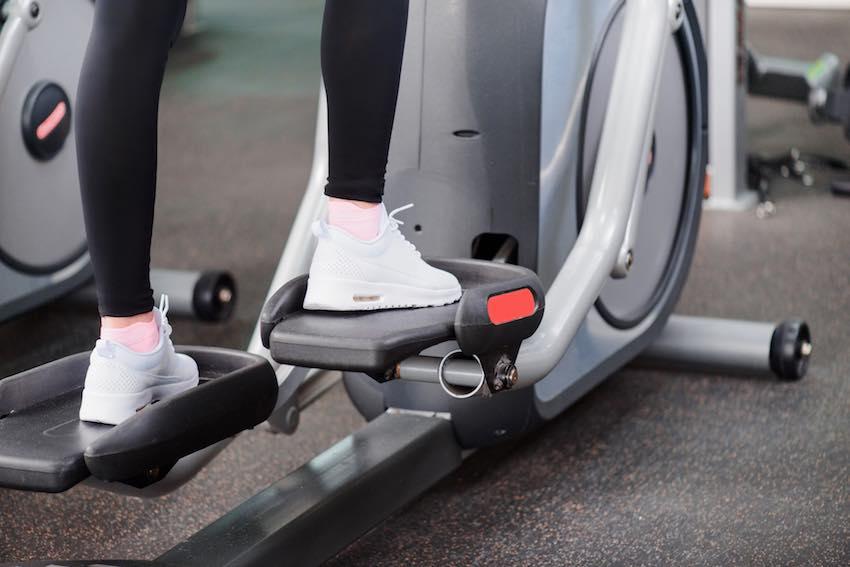 Das Gewicht der Schwungmasse gehört zu den wichtigsten Merkmalen eines Crosstrainers oder Ellipsentrainers.