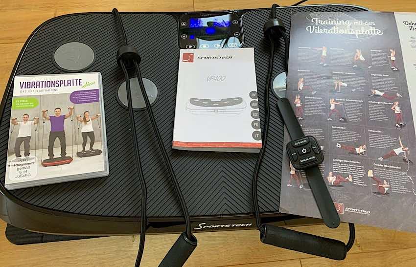 Die Sportstech VP400 4D Vibrationsplatte nach dem Auspacken.